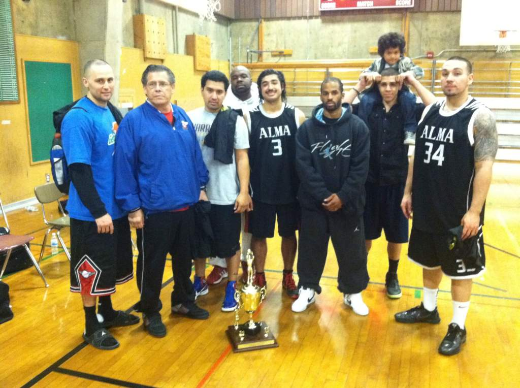 2011 Dream League SF Gold Rush Tournament Champions: Gold Rush Jewelry